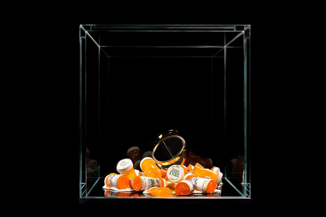 artwork make-up mirror - pill bottles created by meimorettini duo italian artists