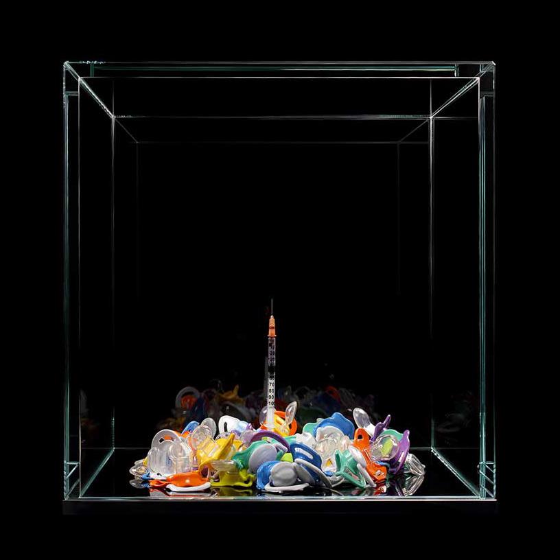 syringe-pacifiers-meimorettini-artwork-artists